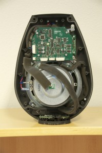 BeoLab 11 showing the PCB containing the filter and ABL.